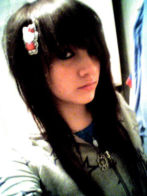 Excellent Emo Scene Girls with Black Hair 480 x 640 · 47 kB · jpeg