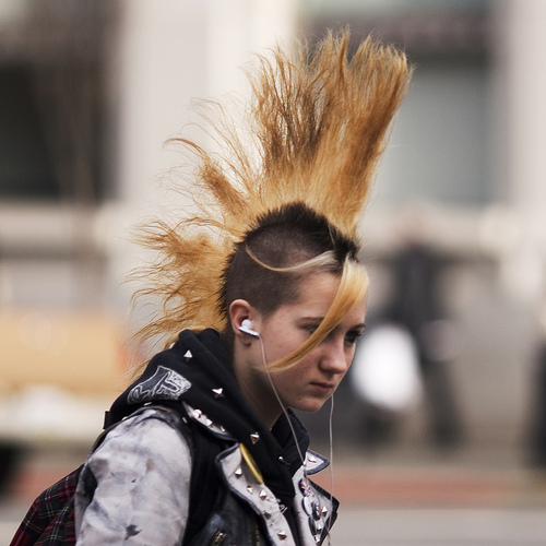 Index of /gallery/mohawk-hairstyle-pictures